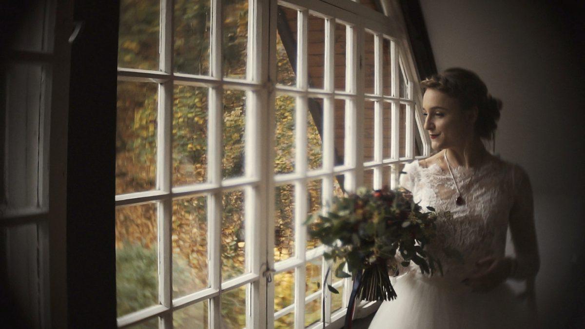 Złoty Jar, Panna młoda z bukietem, naturalny film ślubny